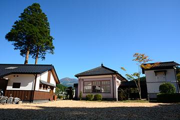 北里柴三郎記念館 庭からの眺望